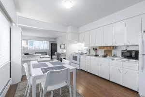 1605-e-8th-ave-kitchen-livingroom-2
