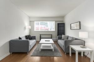 1607-e-8th-ave-livingroom